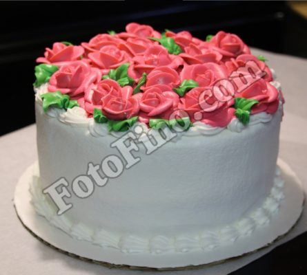 Cake with Pink Icing Flowers - FotoFino.com