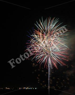 Fireworks (2) - FotoFino.com