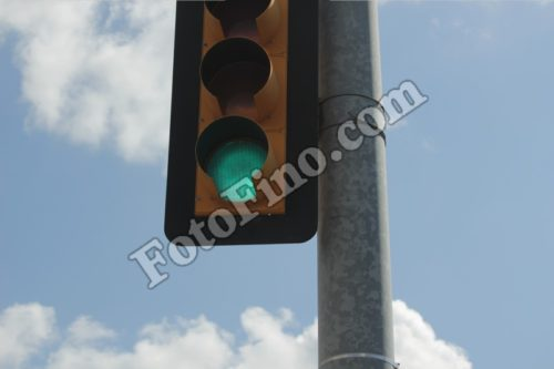 Green Light - FotoFino.com