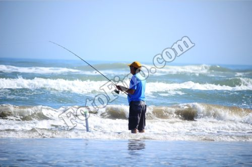 Man Fishing - FotoFino.com