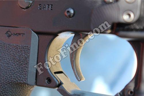 Rifle Trigger - FotoFino.com