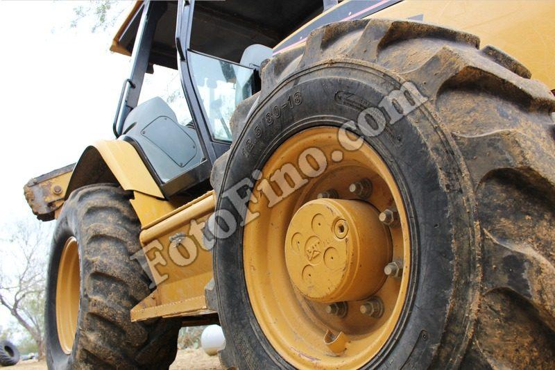 Yellow Tractor - FotoFino.com