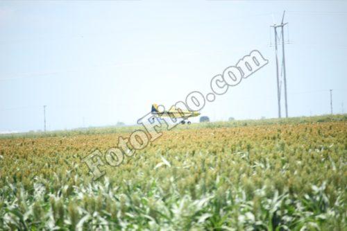 Crop Duster - FotoFino.com